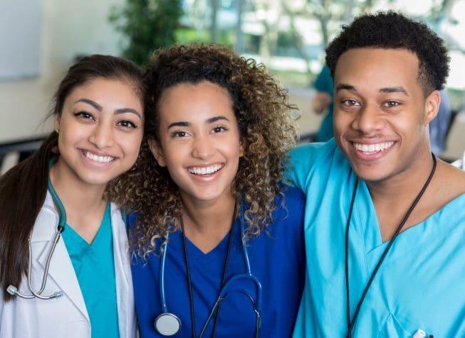 nurses-lrg-min